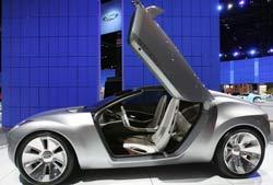 Vandeniliu varomo automobilio prototipas -