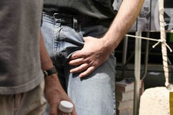 erekcijos gundymo paslaptys varpos ir sėklidžių masažas