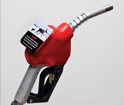 Ar degalų kolonėles turėtų papuošti pranešimai apie klimato kaitą ir kitas transporto keliamas problemas?