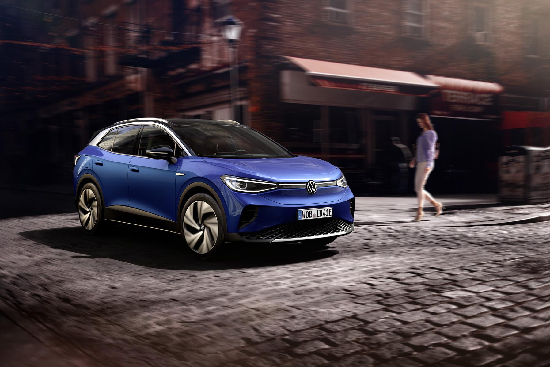 """Paskelbta """"Volkswagen ID.4"""" kaina Kinijoje – """"Tesla Model 3"""" turi tikrą konkurentą"""