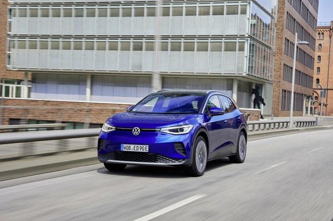 """""""Volkswagen"""" valdybos pirmininkas Herbertas Diessas pasakė tiesiai šviesiai – elektromobiliai yra tiesiog geresni"""