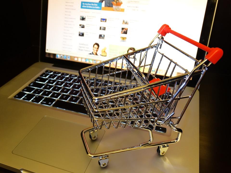juodosios dykumos internetinės prekybos sistema starbucks akcijų opcionų darbuotojai