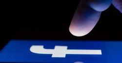 """Kaip aktyvuoti """"Facebook"""" ir kitų svetainių tamsųjį režimą """"Chrome"""" ir """"Safari"""" naršyklėse"""