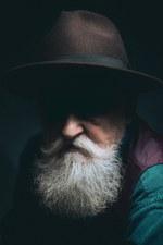 Šnobelio laimėtojai privers nusijuokti ir susimąstyti: dėmesys slogą gydantiems orgazmams ir barzda – evoliucijos pasiųsta apsauga nuo smūgių (Video)